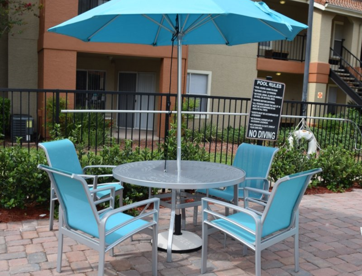 Cranes Landing Apartments Called Et T Distributors When It Was Time To Purchase All New Furniture They Needed For The Pool Deck Dining And Their