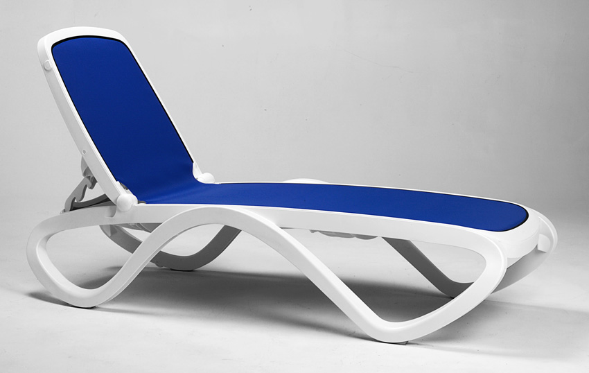 15 In Seat Omega Resin Stackable Sling Chaise Lounge Et